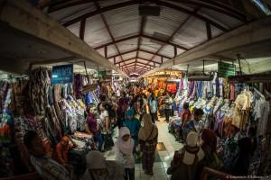 Dans les rues marchandes de Yogyakarta