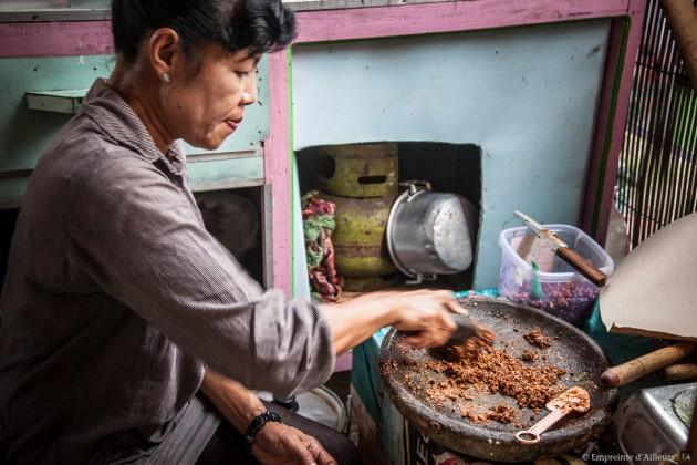 Warung, préparation du Gado Gado
