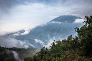 Le Merbabu face au Merapi